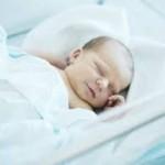 trẻ sơ sinh đau bụng