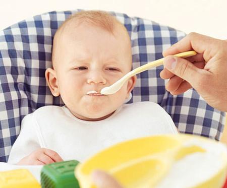 cách cho bé ăn dặm đúng cách nhất