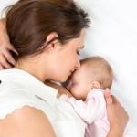 Tắc tia sữa bị sốt 39 độ C ở mẹ sau sinh có nguy hiểm không ?