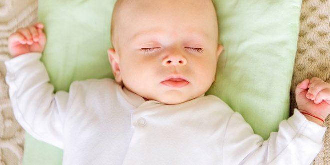 Chăm sóc trẻ sơ sinh những điều bạn không nên làm với bé !