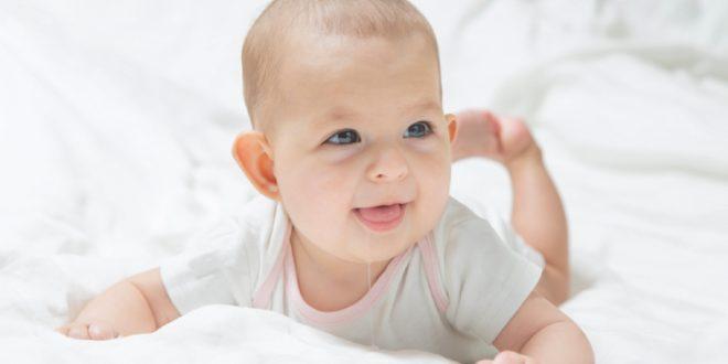 Nguyên nhân trẻ sơ sinh chảy nước dãi liên tục do đâu ?